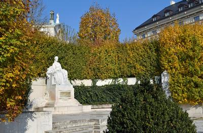 Kaiserin Elisabeth-Denkmal, Volksgarten Wien
