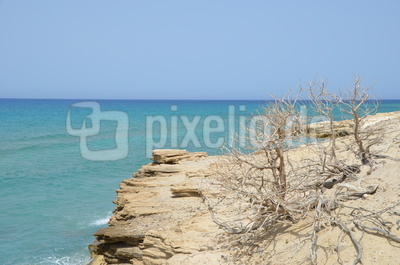 karge wüstenartige Küste