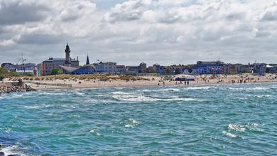 Panoramablick auf das Ostseebad Warnemünde