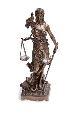 Eisige Justitia