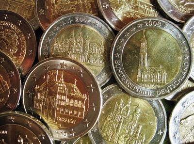Zwei Euro-Sondermünzen