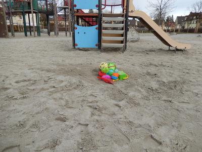 einsamer Spielplatz