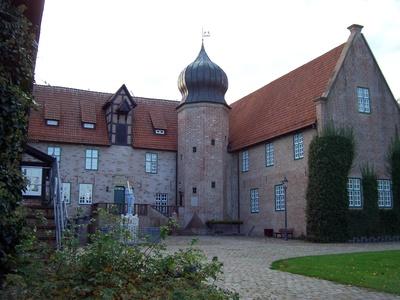 Burg-Innenhof