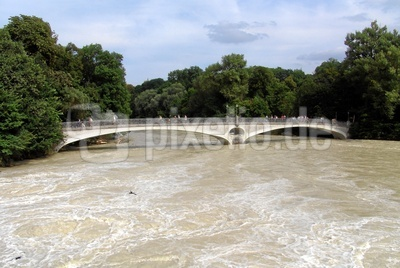 Isarhochwasser , Kabelsteg