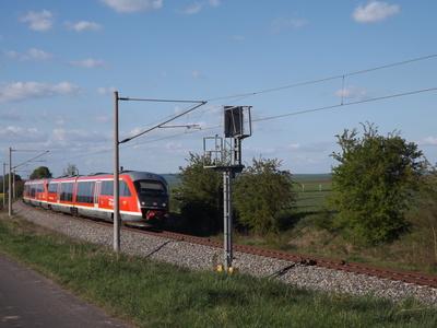 Personenzug auf der Strecke