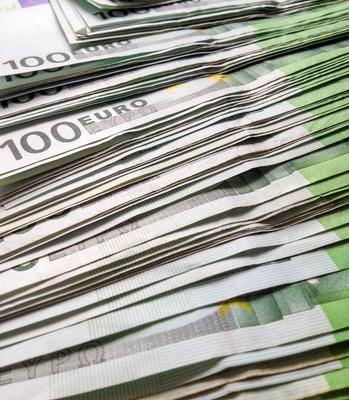 100e Euros