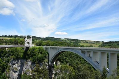 Pont de la Caille und Pont Caquot