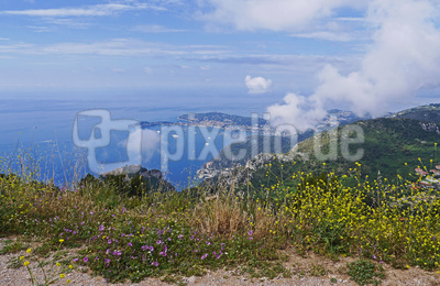 Côte d'Azur: Seewolken steigen auf