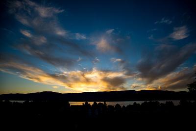 Abendstimmung am Neuenburgersee (Schweiz)