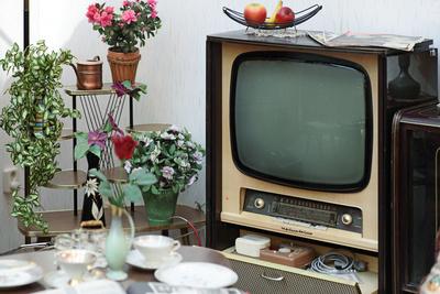 ANNO, Fernseher