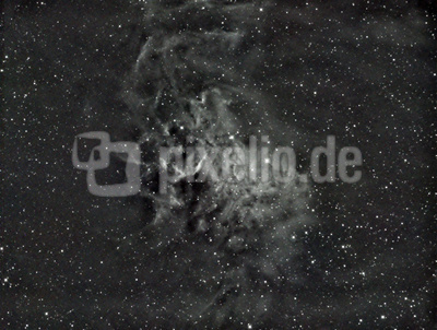 IC 405 in H-Alpha im Sternbild Furhrmann