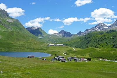 Alpe di Pióra am Lago Cadagno
