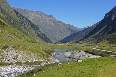Am Fluss Trisanna (Österreich)
