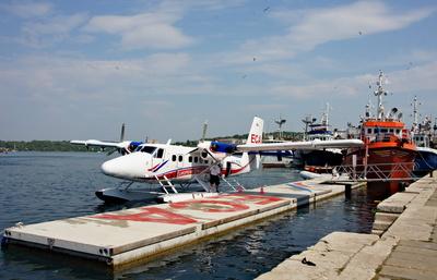 Flugzeug am Waterport