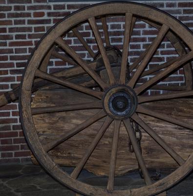 Holzrad mit Holzsopeichen