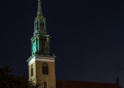 Berliner Marienkirche bei Nacht