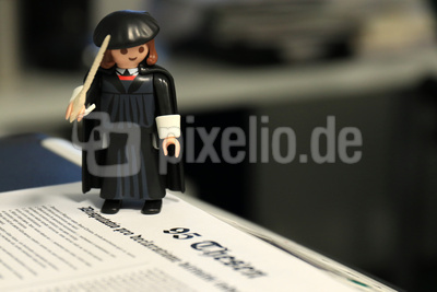 Martin Luthers 95 Thesen – Playmobil-Figur Martin Luther