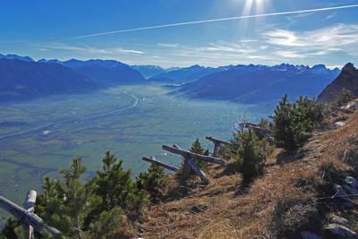 Vorderrheintal Richtung Graubünden