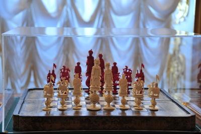 Schachspiel Elfenbein im Katharinenpalast St. Petersburg