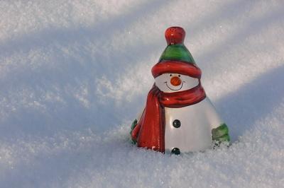 Der Schneemann ist eingeschneit