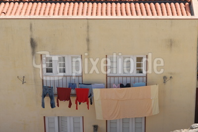 Häuserwand in Lissabon
