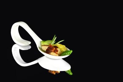 Kotelett Kartoffelsalat Gurke Pimiento