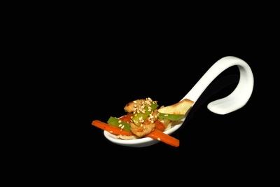 Perlhuhn Nudel Pastinake Karotte Sesam 1
