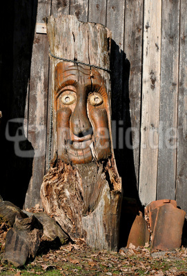 Aus einem Holz geschnitzt