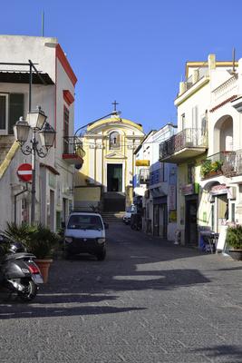 Ischia: Malerisches Dorf Panza