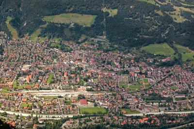 Mittenwald - Karwendelgebirge - Hoch über den Dächern von Mittenwald