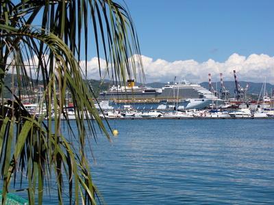 Costa Diadema im Hafen