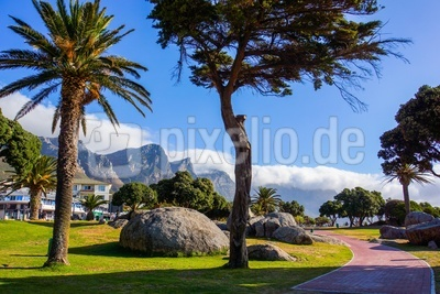 Camps Bay (Kapstadt) mit 12 Apostel