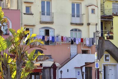 Wäschetag in Forio D'Ischia