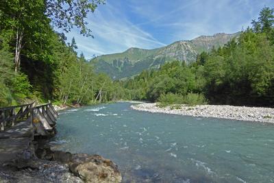 La Sarine im Waadtland (Schweiz)