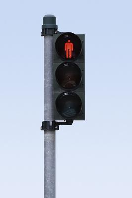 Fußgängerampelampel auf rot