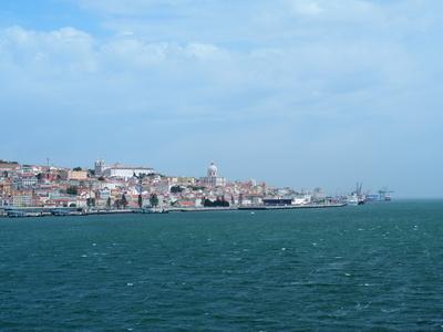 Panorama Lissabon und der Tejo