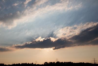 Der Kampf der Sonne mit den Wolken