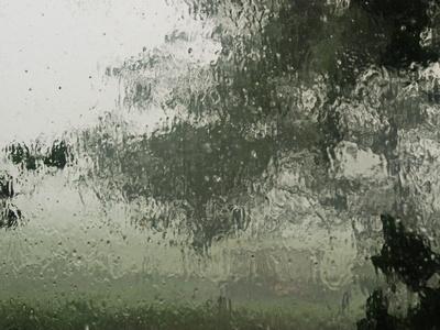 starkregen draußen