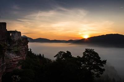 Sonnenaufgang im Wasgau
