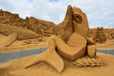 Sandskulpturen bei Søndervic (Dänemark) / 1