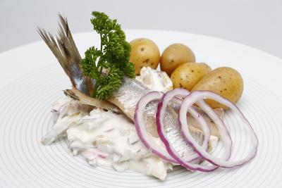 Matjes mit Pellkartoffeln