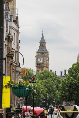 im Hintergrund Big Ben