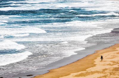 Einsamer Strandläufer