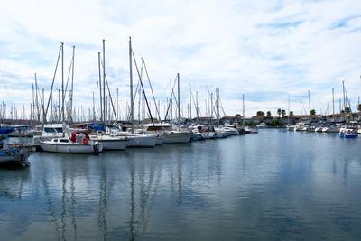 Am Hafen von Agde