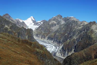 Finsteraarhorn und Fieschergletscher