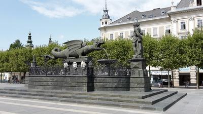 Klagenfurt mit Lindwurmbrunnen
