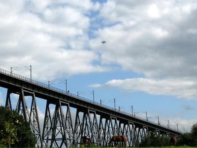 Eisenbahnbrücke beim NOK
