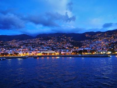 Madeira bei Nacht