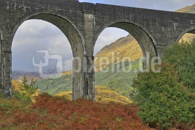Glenfinnan-Viadukt in den West Highlands 03