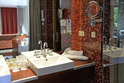 Hotelzimmer, Badezimmer